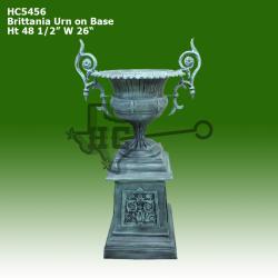 brittania-urn-on-base