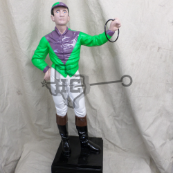 jockey-green-purple-arrow