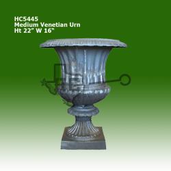 med-venetian-urn
